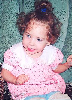 Лиана Шакирова, 4 года, детский церебральный паралич, органическое поражение центральной нервной системы, спасет курсовое лечение. 196600 руб.