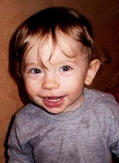 Саша Вязигин, 1 год, врожденная правосторонняя косолапость, требуется лечение. 120000 руб.