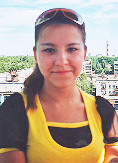 Лиана Фазлутова, 16 лет, близорукость средней степени, необходима лазерная коррекция обоих глаз. 29000 руб.