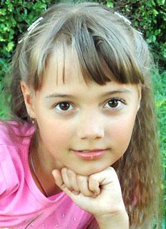 Наташа Долматова, 9 лет, злокачественная опухоль головного мозга – медуллобластома, спасет операция и лучевая терапия в клинике Шарите (Берлин, Германия). 6113304 руб.