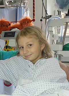 Арина Грицкова, 9 лет, злокачественная опухоль – нейробластома 4-й степени, требуется иммунотерапия. 4502309 руб.