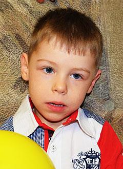 Максим Храмов, 6 лет, детский церебральный паралич, требуется лечение. 199430 руб.