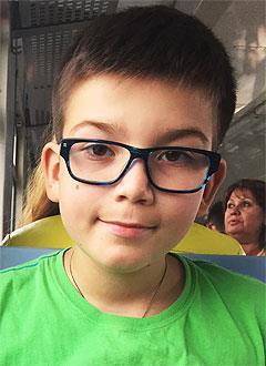 Гриша Баринов, 9 лет, заболевание крови – циклическая нейтропения детского возраста, требуется обследование. 251635 руб.