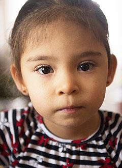 Регина Латыпова, 4 года, нарушение ритма сердца, атриовентрикулярная блокада 3-й степени, требуется замена электрокардиостимулятора. 612396 руб.