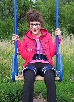 Настя Коровина, 17 лет, детский церебральный паралич, требуется лечение. 199430 руб.