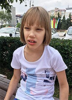 Даша Смирнова, 8 лет, детский церебральный паралич, требуется лечение. 199430 руб.
