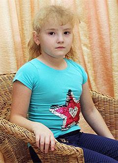 Розалина Ахмадишина, 8 лет, врожденный порок сердца, спасет эндоваскулярная операция, требуется окклюдер. 259098 руб.