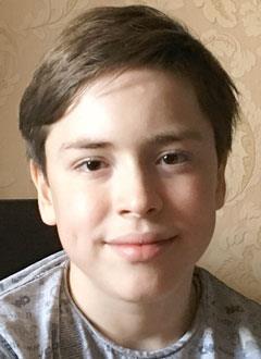 Федор Воронцов, 12 лет, бронхиальная астма, дыхательная недостаточность 2-й степени, требуется специальное оборудование для дыхания. 162642 руб.