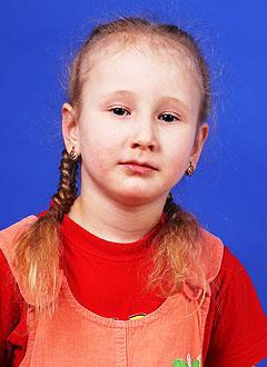 Лиза Степанова, 6 лет, двусторонняя тугоухость 2-й степени, требуются слуховые аппараты. 232320 руб.