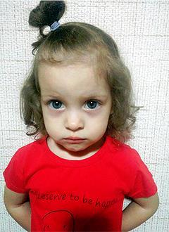 Ева Хузина, 2 года, врожденный порок сердца, спасет эндоваскулярная операция. 339063 руб.