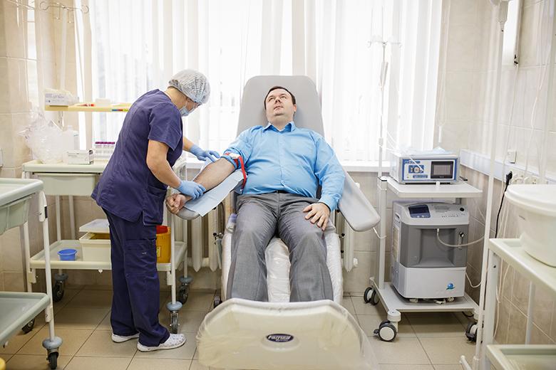 Рентгенолог Виктор Дьяченко рад, что наконец-то в России создается собственный регистр доноров костного мозга, как в большинстве развитых стран